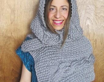Cecília Chunky Scarf With Detachable Hood