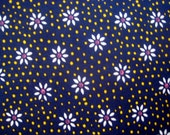 Daisy on Navy Blue Cotton Fabric by the yard -  Sewing Quilting - Yellow White Destash Flowers Floral