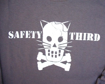 SS Kitty Crossbones Safety Third tshirt  -- Mens Short Sleeve Gray, Black safety tshirt Mans Cat tshirt s - xxl acident safety 3rd etsybrc