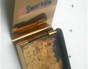 Sweet N Low Purse Packet Case - Brass Holder - Artificial Sweetener Packet Dispenser - Vintage 60s Ladies  Porta Packet Pocket Pretty