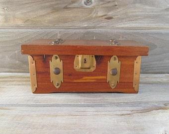 Vintage Cedar Chest Box, Cedar Chest, Storage Box, Supply Chest, 1924 Sturdi