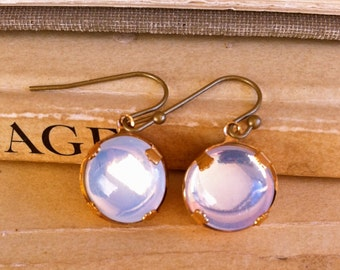 White opal dangle earrings / statement earrings / vintage glass stone earrings. tiedupmemories