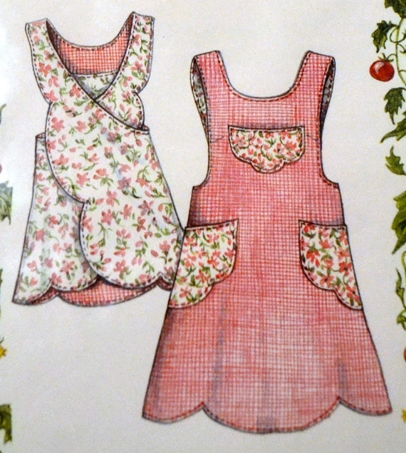 Vintage Sewing Pattern Misses Scalloped Apron Complete