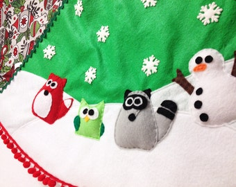 Tree Skirt, Christmas Tree Skirt, Midnight Chimes, Fox Owl Raccoon Snowman. Woodland Animal, Snowflakes, Green, Felt Animal