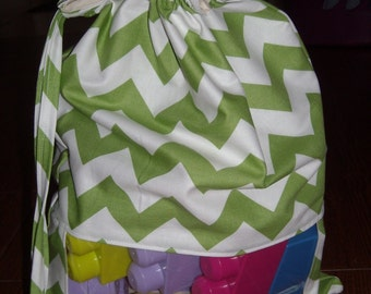 Green chevron peek a boo toy sack