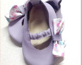Baby Leather Mary Jane Moks in Lavender