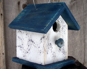 Primitive Birdhouse White Blue Chickadee Wren Cute Songbirds
