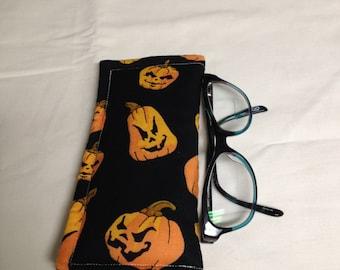Halloween Sun or Reading Glasses Holder