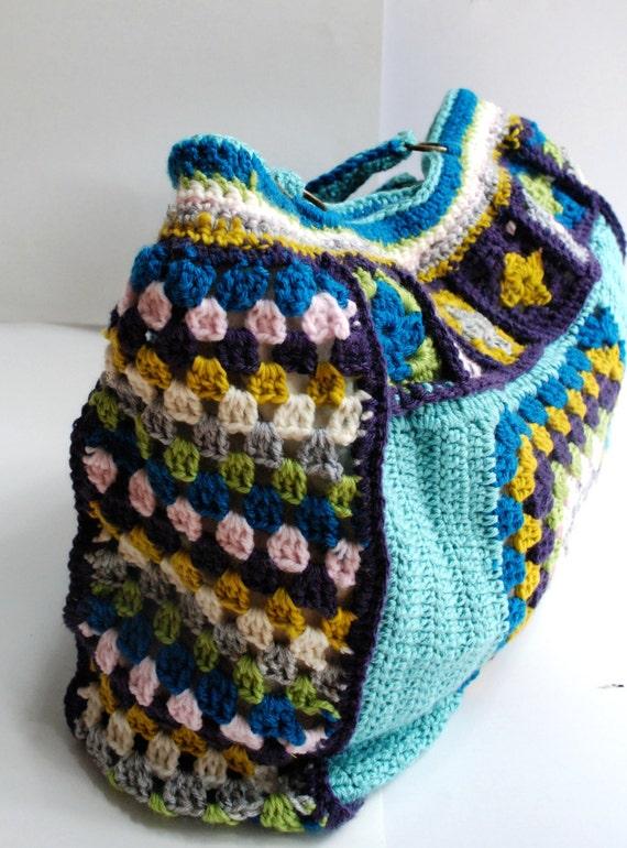 Crochet purse granny square weekend bag pattern