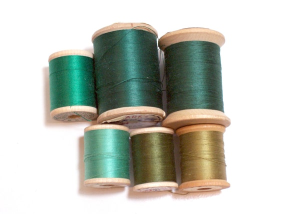Vintage Green Thread on Wooden Spools set of 6