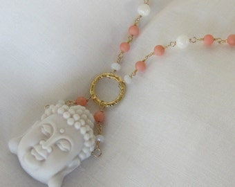 Buddha Necklace in White Agate and Coral