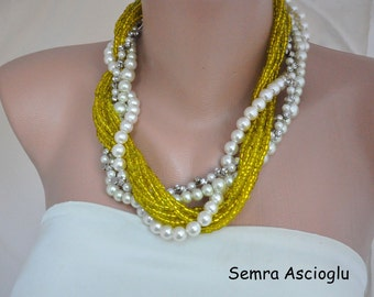 Green Shade Pearls ,Chunky, Bold Necklace, Brides Necklace, Bridesmaids Gifts