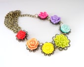 Cute Flower Resin Necklace Rainbow Flower Power