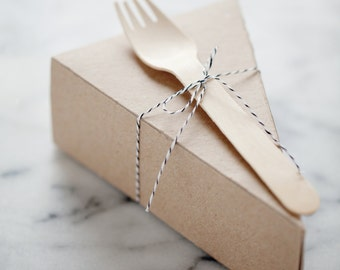 DELUXE Lidded Pie Slice Boxes in Kraft with Forks, Parchment + Black/White Baker's Twine