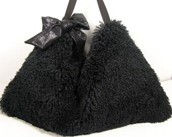 Fur Purses Fur Handbags Faux Fur Purses Curly Lamb Purses Black Faux Fur Hobo Bag Black Fur Handbag Black Fur Purse Black Fur Shoulder Bag
