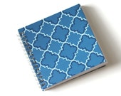 Small Coupon Organizer with 14 Pockets - Pre Printed Labels Included - Blue Quatrafoil