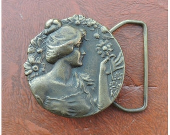 Vintage 70s Art Nouveau Revival Belt Buckle // Vtg Bergamot Brass Works Gibson Girl Brass Buckle