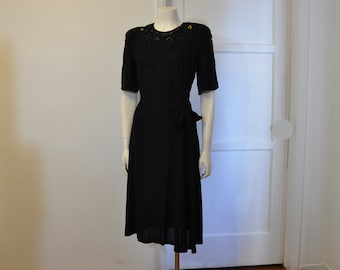1940s dress / Film Noir Vintage 40's Black Crepe Sequin Dress