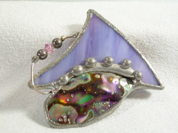Vintage 80s Leaded Art Glass Slag Beads and Mother of Pearl Brooch Pin Lavender Green
