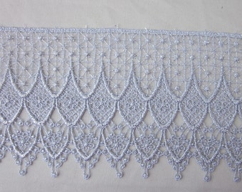 Vintage Chic delicate SILVER GRAY Venise Lace for bridal accessories altered couture and costume design