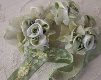 36pc Chic GREEN WHITE Satin Organza Ribbon Wired Rose Peony Flower Reborn Doll Bridal Wedding Bow Hair Accessory Applique