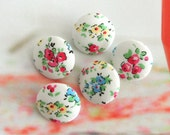 Handmade Country Red White Blue Little Floral Flower Fabric Covered Buttons, White Red Floral Fridge Magnets, Flat Backs, CHOOSE SIZE 5's