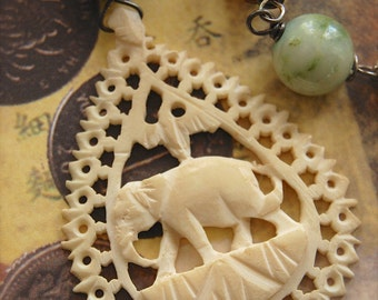 Elephantidae-Antique Vintage Hand Carved Bone Elephant Assemblage Necklace