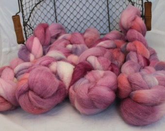Roving, BFL Roving , Blue Faced Leicester Hand Painted  Roving #592