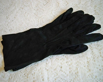 Vintage 1940s Ladies Black Chamois Cloth Gloves WWII Era