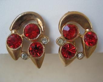 Red Orange Earrings Screw gold Rhinestone Vintage