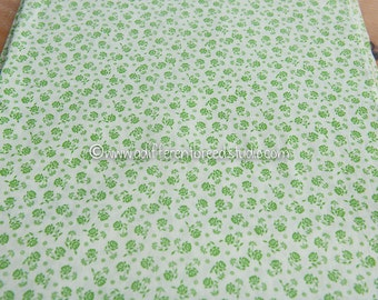 "Happy Green Floral- Vintage Fabric Mod Flowers Juvenile Floral Novelty 36"" wide"
