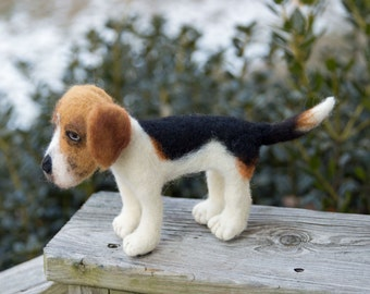 Custom Pet Portrait, Needle Felted Soft Sculpture Dog, Foxhound Wool, Felted Gift