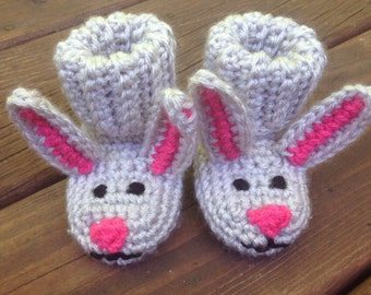 Bunny Hat & Booties Crochet Pattern | Red Heart