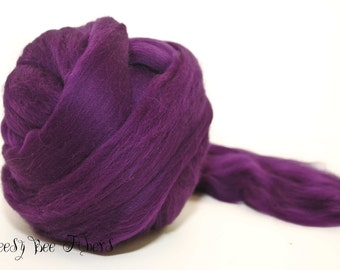 EGGPLANT - Wool roving, Merino combed top, spinning, felting, roving - 4 oz