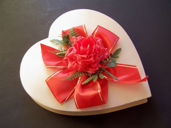Valentines Day Heart Shaped Boxes Valentine S Day Wikii