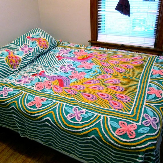 50s peacock chenille bedspread swag sides and flowers pink - Peacock bedspreads ...