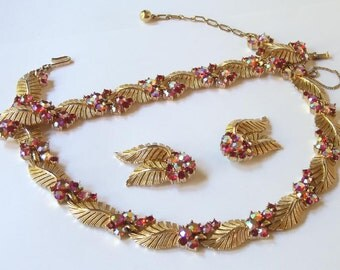 Trifari 50's Ab Siam and Ruby Red Rhinestone Parure Goldplate Necklace Bracelet Earrings Set Fifties Mad Men