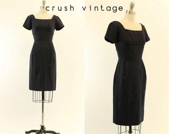 1950s Dress Silk Wiggle XS  / 1950s Vintage Dress Garfinkel /  In the Navy Dress