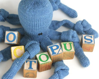 O is for Octopus - PDF Knitting Pattern for a Stuffed Toy Cephalopod