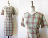 vintage 60s dress, 1960s green and pink plaid dress, plaid mod dress, medium shift dress m