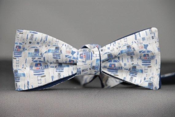 R2D2 Star Wars Mens Bow tie