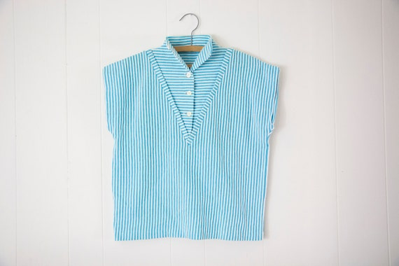 Vintage 1960s Graff Blue and White Stripe Shirt ... M/L