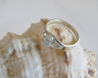 Ring: Moonstone on Sterling - June Birthstone