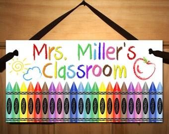 Crayons Teacher Art Kindergarten Class Classroom DOOR SIGN Present Gift TDS016