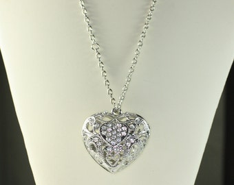 Filigree Heart Pendant Necklace Clear Rhinestones Chunky