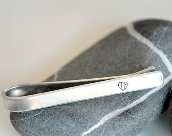 Aluminium tie bar with diamond stamp or personalized - made to order