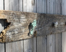 """Rustic Knob Hanger, Rack, Reclaimed Wood, Home Decor,  entryway items, 46"""" long  x 5.5"""" tall,  fence panel, driftwood, verdigris ,  4 knobs"""