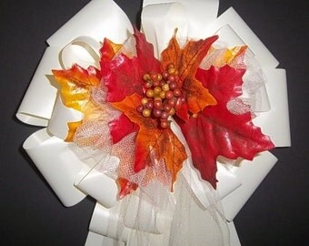 12 IVORY Ribbon w/Fall Autumn Berries and Leafs/Leaves Pew Bows - Wedding Decorations