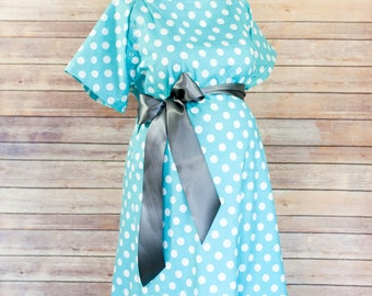ON SALE 30% OFF- Aqua Polka Dot Maternity Labor and Delivery Hospital Gown - Snaps down back for epidural