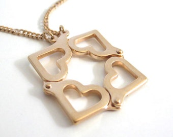 Vintage 80's Avon // Hearts in Motion Necklace